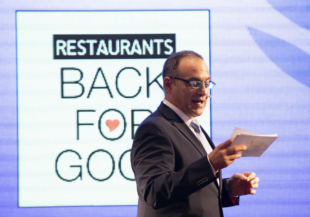 Η τελετή απονομής εναρμονίστηκε φέτος με την πρωτοβουλία του Αθηνοράματος Restaurants Back for Good που στηρίζει την επανεκκίνηση της εστίασης.