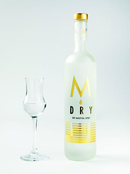 Κομψό φινάλε με την αρωματική και γευστική ένταση της Μαστίχας M Dry που συνόδευσε αρμονικά το επιδόρπιο